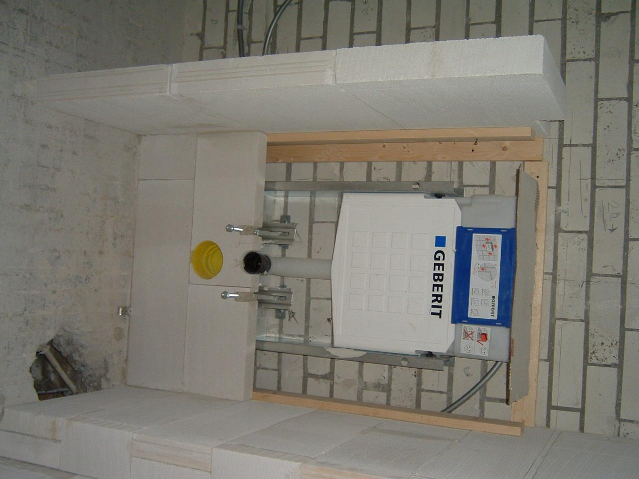 Achterwand Hangend Toilet : Toilet ombouw u naambordje voordeur messing